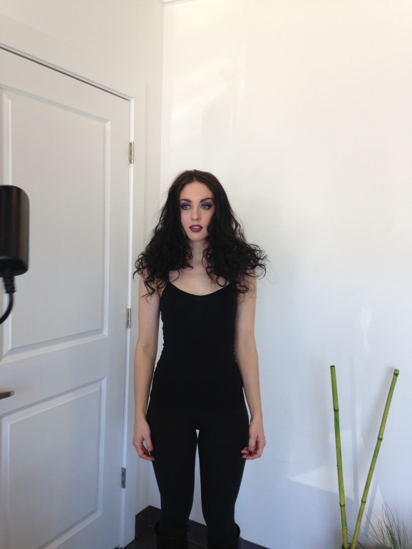 Behind the scenes quick pic of my beautiful model Theresa... I can't wait to see the professional pictures from Sofia Laroque http://www.sofiakatherine.ca/